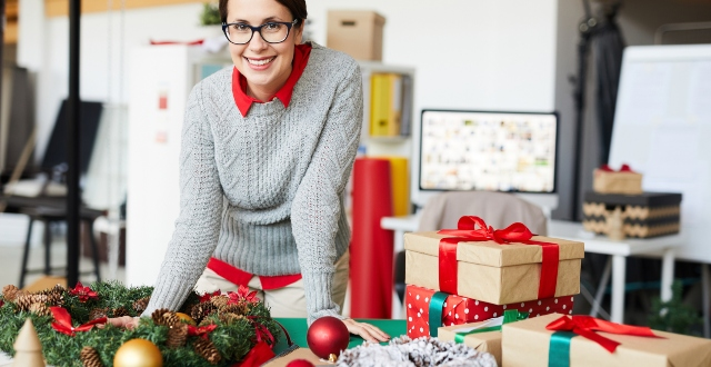 Sales tips for small businesses in the festive season - Brought to you by NatWest